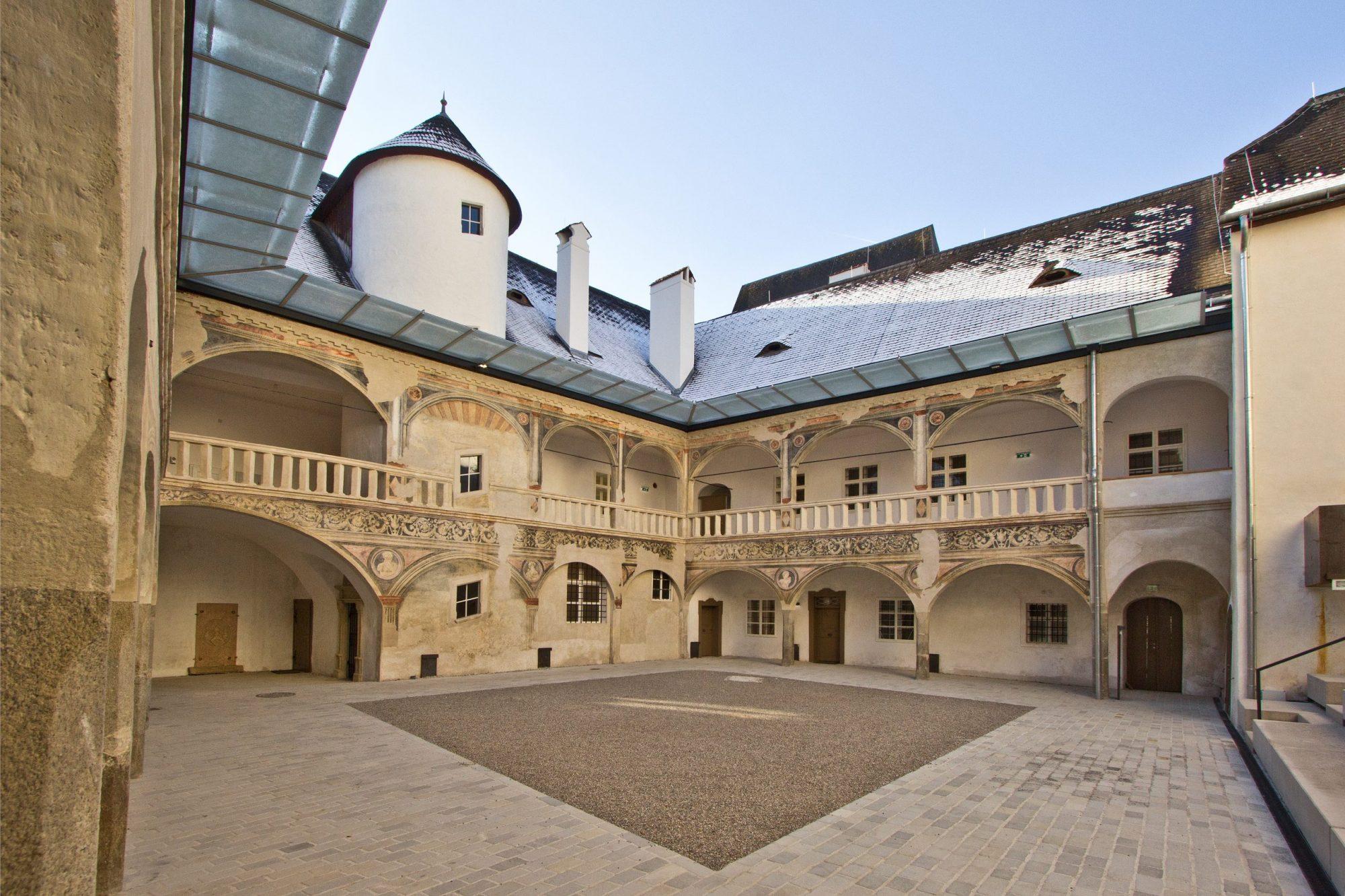 Schloss Rogendorf  in Pöggstall